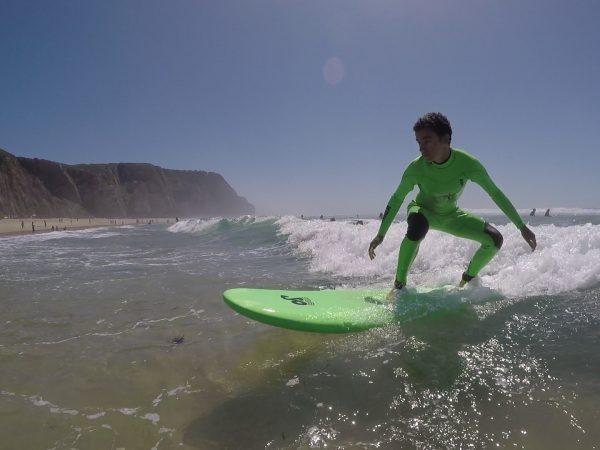 As aulas de surf estão de volta!